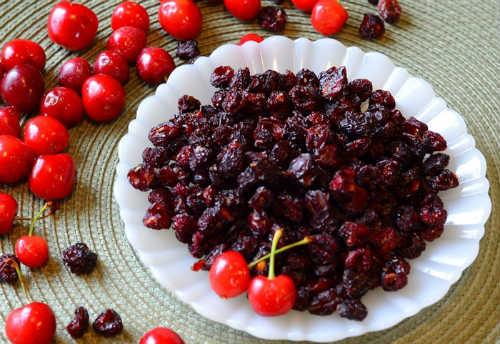 вяленые ягоды